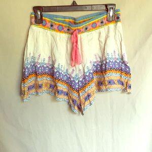 Boutique festival shorts size M